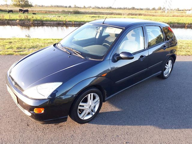 Ford Focus 1.8-16V Collection MET RUIME A.P.K. (AIRCO) !!!