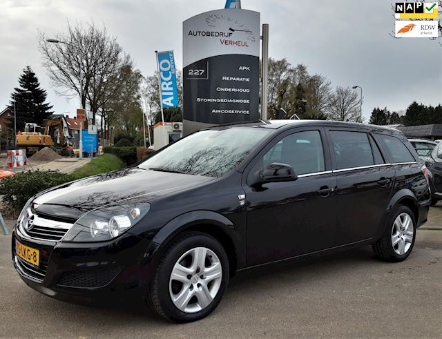 Opel Astra Wagon 1.8 111 years Edition Airco Trekhaak Cruise Nap Boekjes