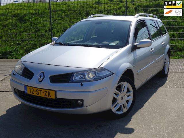 Renault Mégane Grand Tour 2.0-16V Privilège *EXPORT*