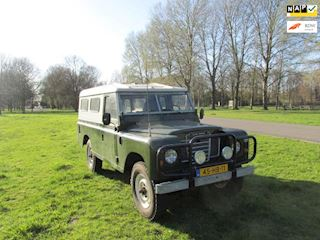 Land Rover 109//METAL TOP occasion - Hesse Automobielen