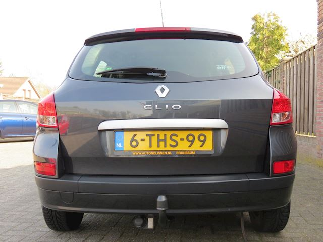Renault Clio Estate 1.2 TCE Corporate 101 PK| AIRCO | TREKHAAK |