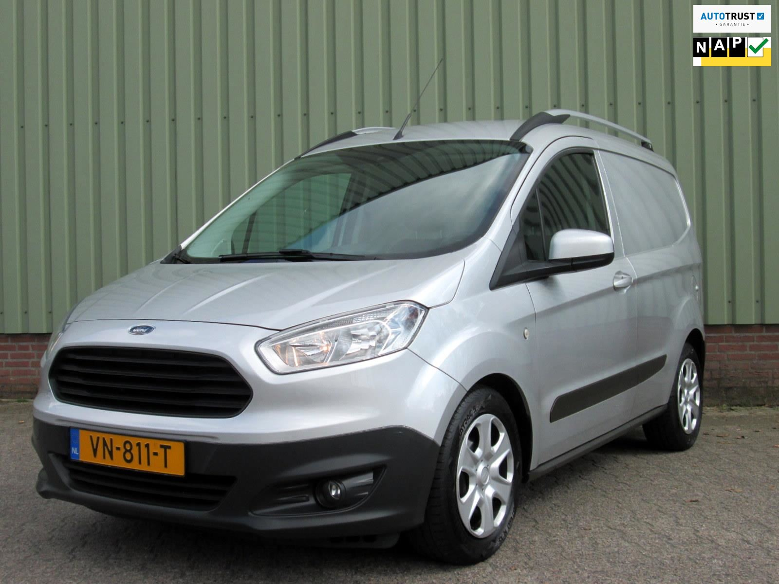 Ford Transit Courier occasion - Autoland Oss