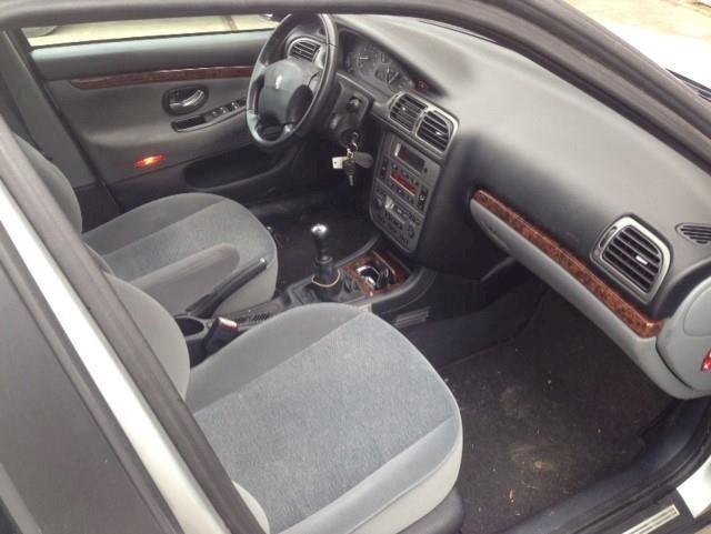 Peugeot 406 Break 1.8-16V XT GERESERVEERD !!!