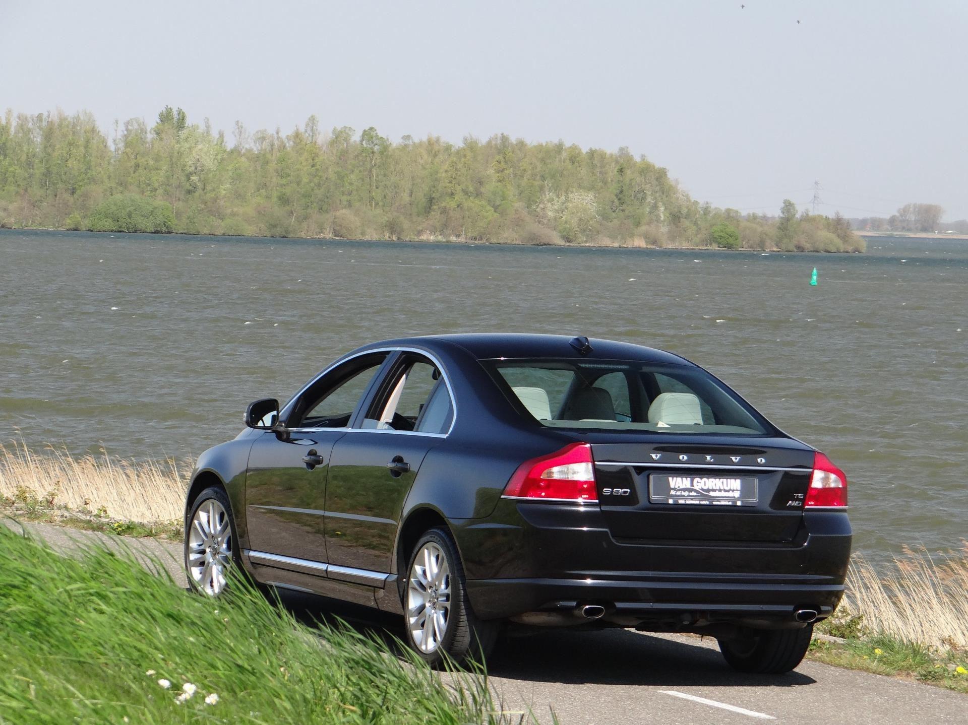 Volvo S80 occasion - Autobedrijf van Gorkum
