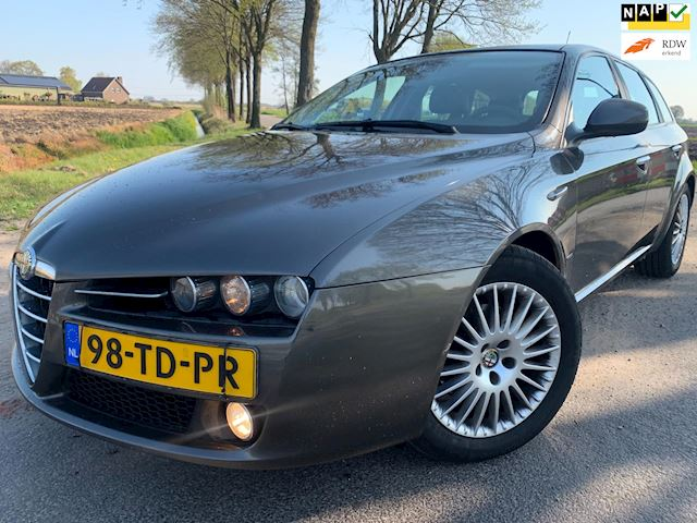 Alfa Romeo 159 Sportwagon 1.9 JTS Distinctive Full opt