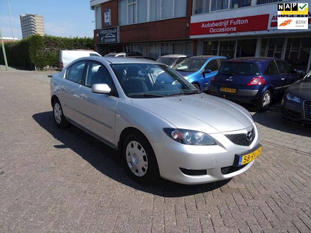 Mazda 3 1.6 Touring /sedan/Airco/trekhaak/Cruise/km 124000
