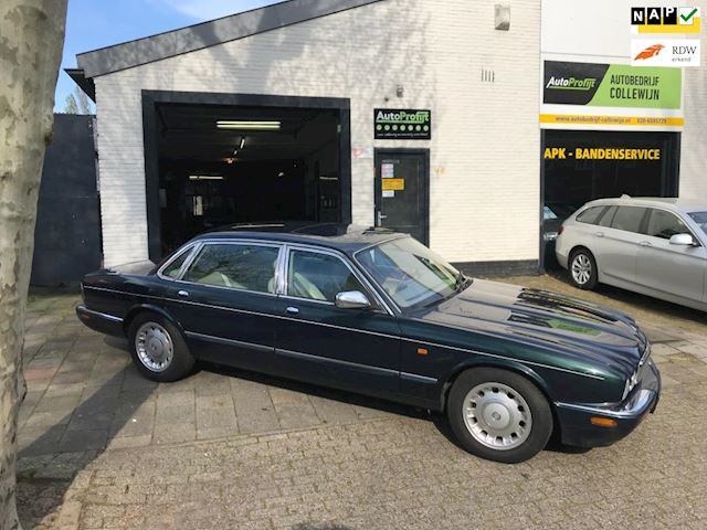 Daimler 4.0 4.0 V8 Yongtimer Long body