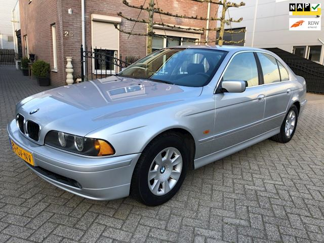 BMW 5-serie 520i Executive nap youngtimer