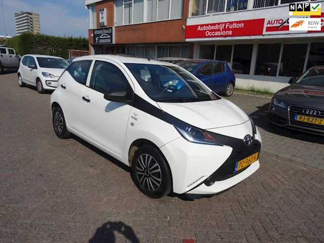 Toyota Aygo 1.0 VVT-i x-fun /Airco/Cruise/Bluetoot/El.Ramen/Led verlichting