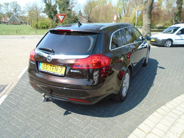 Opel Insignia Sports Tourer 2.0 CDTI EcoFLEX Edition