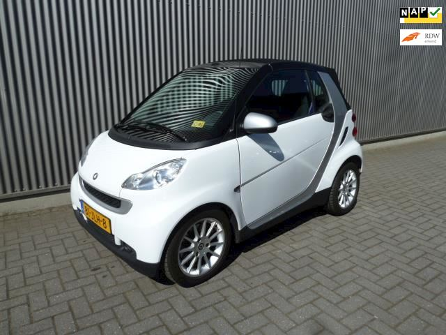Smart Fortwo cabrio 1.0 mhd Pure /Airco/LMV/Automaat.