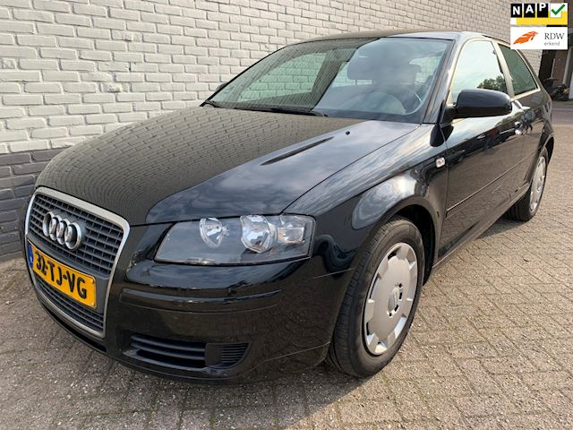 Audi A3 1.9 TDI Attraction Pro Line Business dealeronderhouden!