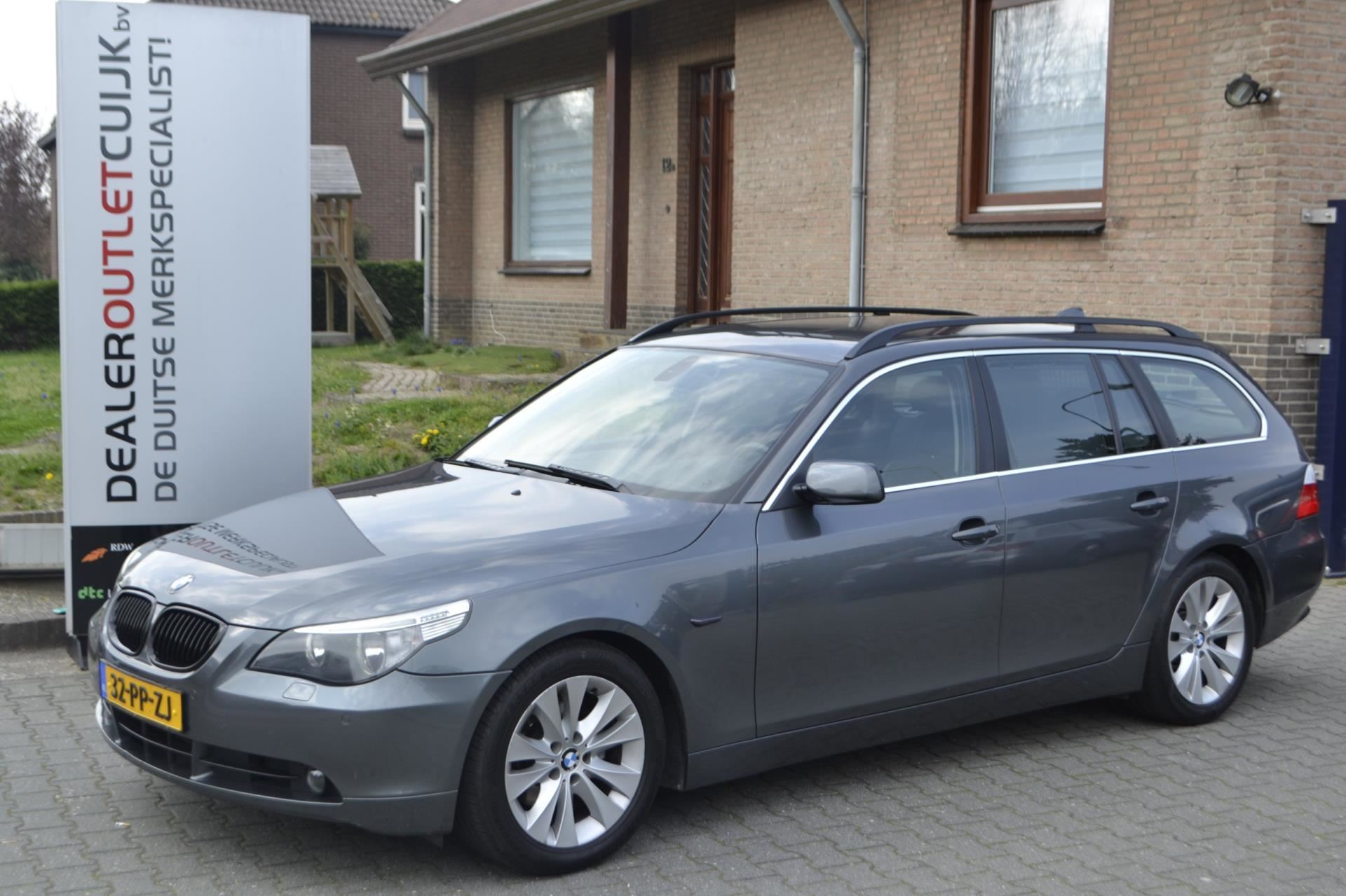 BMW 5-serie Touring occasion - Dealer Outlet Cuijk b.v.