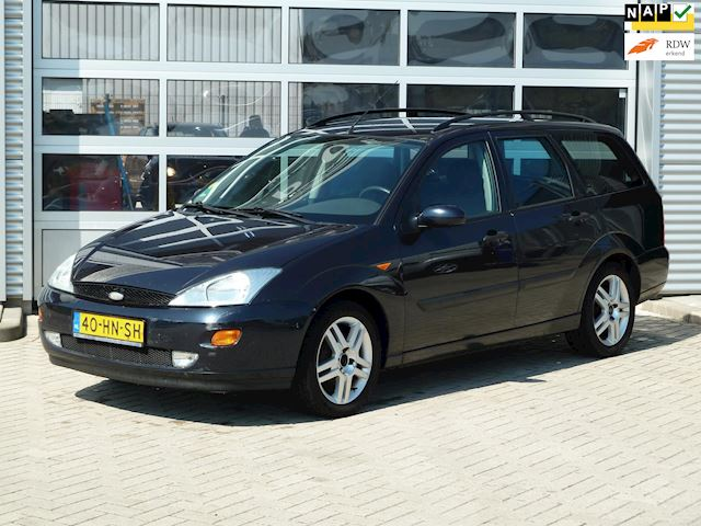 Ford Focus Wagon 1.8-16V Collection BJ.2001 AIRCO | TREKHAAK.
