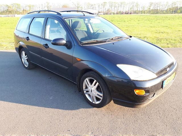 Ford Focus Wagon 1.8-16V Collection MET VOL JAAR A.P.K. !! (AIRCO)
