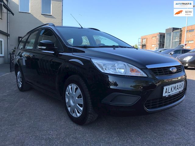 Ford Focus Wagon 1.4 Trend