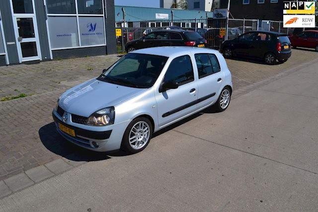 Renault Clio 1.2-16V Billabong Quickshift 5