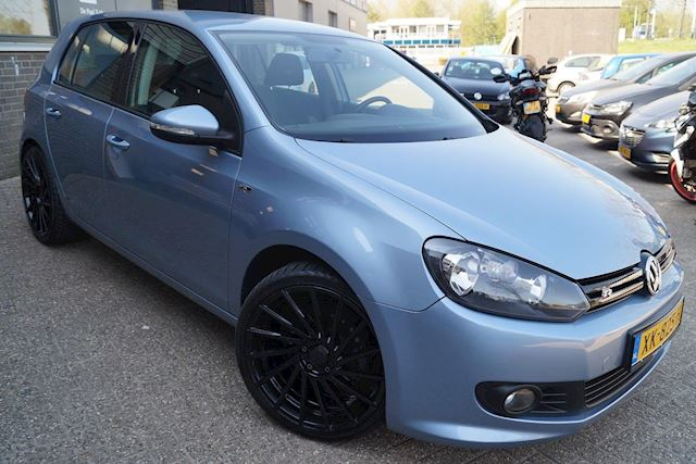 Volkswagen Golf 1.2 TSI Highline BlueMotion r-line Navi 5 Deurs