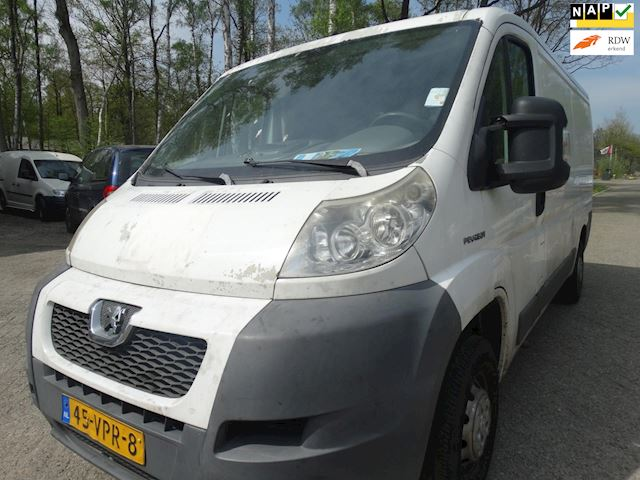 Peugeot Boxer 330 2.2 HDI L2H1 Plus motor defect