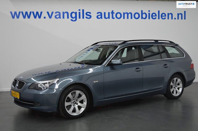 BMW 5-serie Touring 525d Business Line AUT