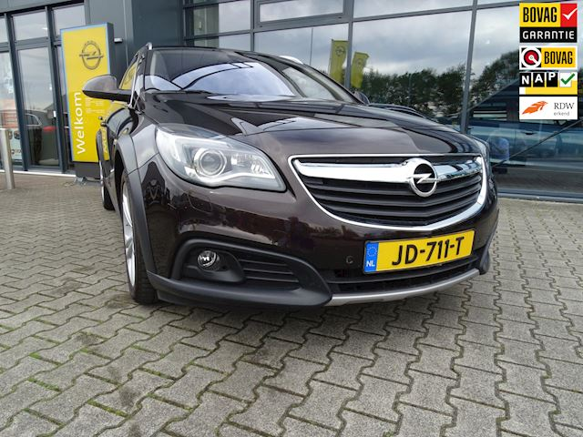 Opel Insignia Country Tourer 1.6 CDTI 2x4 Business Leder, AGR, Navi, Trekhaak, 18