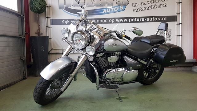 Suzuki Chopper Intruder C800 2009 vol opties 9277km