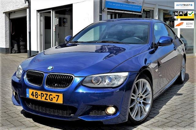 BMW 3-serie Coupé 320i High Executive M Sport 335 look M pakket af fabriek