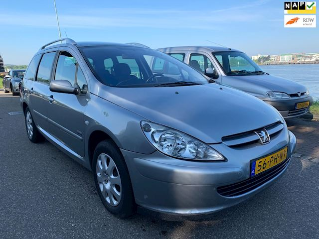 Peugeot 307 SW 2.0 HDi Navtech
