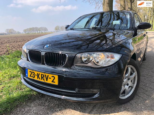 BMW 1-serie 116d Corporate / 5 drs 2009