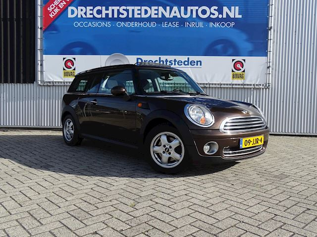 "Mini Clubman 1.6 Cooper Panoramadak! Airco! Cruise! MF-Stuur! 15""Inch! Business-Line!"