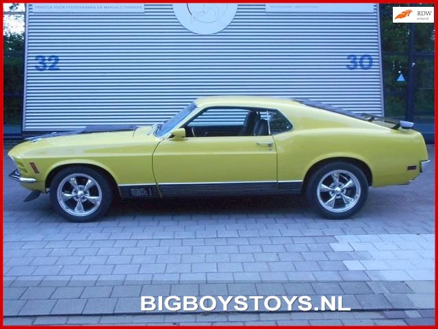 Ford USA Mustang MACH 1