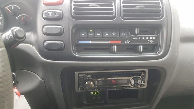 Suzuki Grand Vitara 2.5 V6