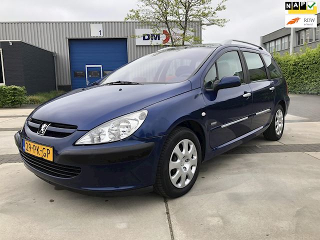 Peugeot 307 SW 1.6 HDiF Navtech *PANO/NAVI/CLIMA*