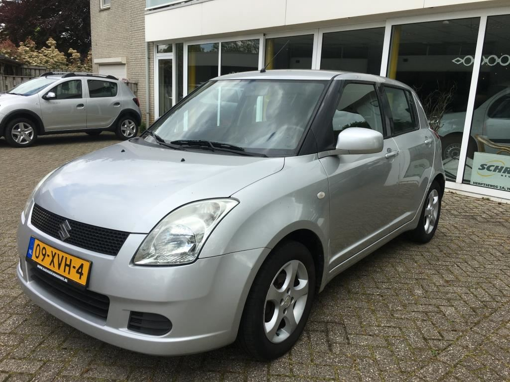 Suzuki Swift occasion - Garage Schreuders