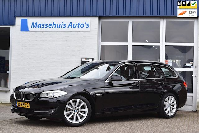 BMW 5-serie Touring 528i Executive Verkocht