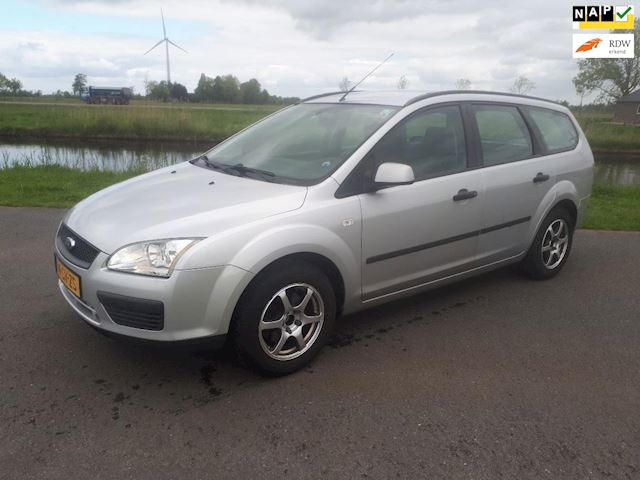 Ford Focus Wagon 1.6-16V Champion MET VOL JAAR A.P.K.  AIRCO