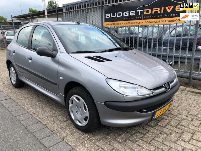 Peugeot 206 occasion - Budget Drive