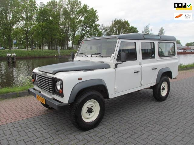 Land Rover Defender 2.5 TD5 110 DC E nette auto 117000 km nettoprijs 22500,- Ex. BTW