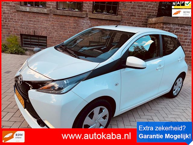 Toyota Aygo 1.0 VVT-i x-play 1 ste Eign Full Option Bj '15