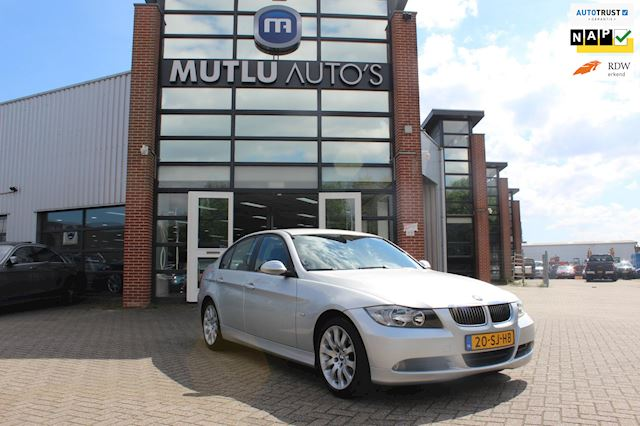 BMW 3-serie 320i High Executive,Automaat,Airco,NAP,PDC,