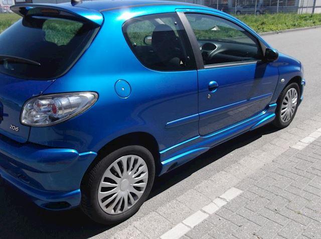 Peugeot 206 1.4-16V XS