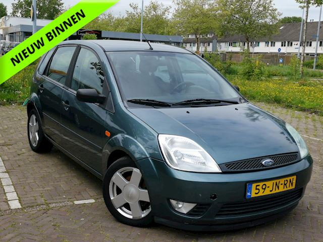 Ford Fiesta 1.4-16V First Edition Airco//Auto start niet!