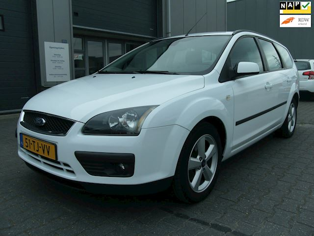 Ford Focus Wagon 1.6-16V Futura Airco/Cruise