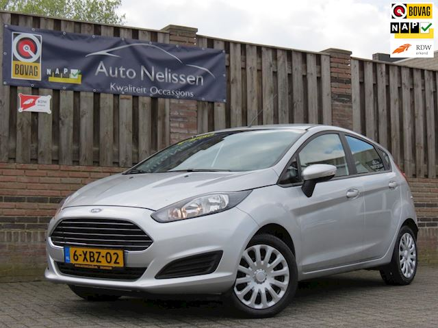 Ford Fiesta 1.0 Style  NIEUWE BANDEN  AIRCO  NAVI