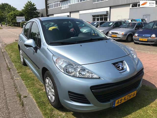 Peugeot 207 1.6 HDiF X-line