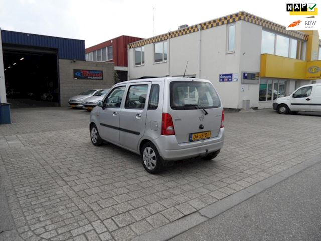 Opel Agila 1.2-16V Star Edition