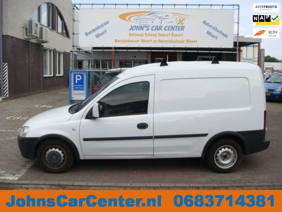 Opel Combo occasion - John's Car Center