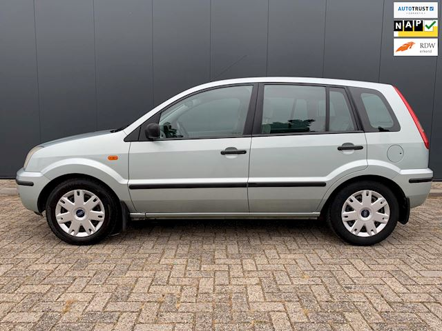 Ford Fusion 1.6-16V Luxury NETTE AUTO, AIRCO, RIJDT GOED, APK.