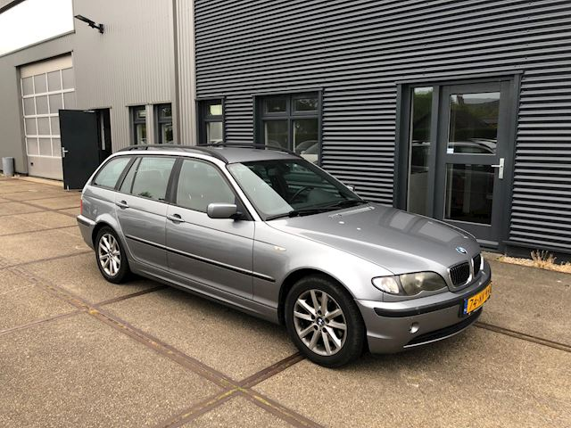 BMW 3-serie Touring 320d Lifestyle Executive