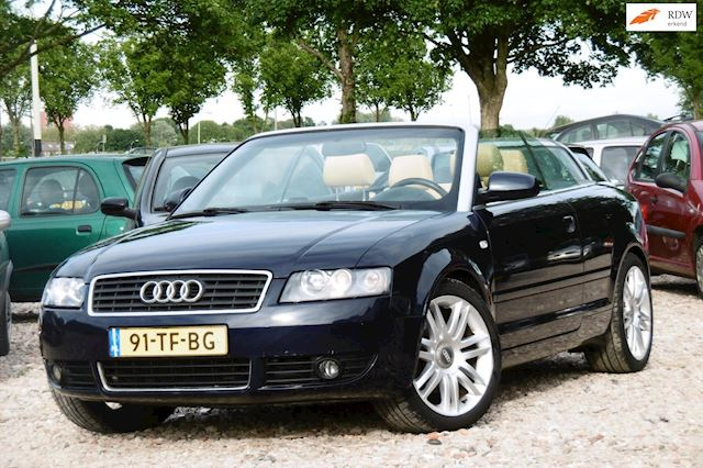 Audi A4 Cabriolet occasion - Dunant Cars